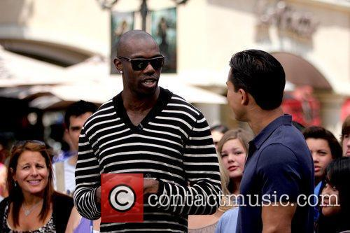 Terrell Owens and Mario Lopez 5