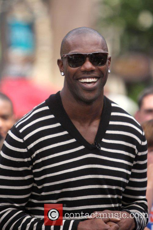 Terrell Owens and Mario Lopez 8