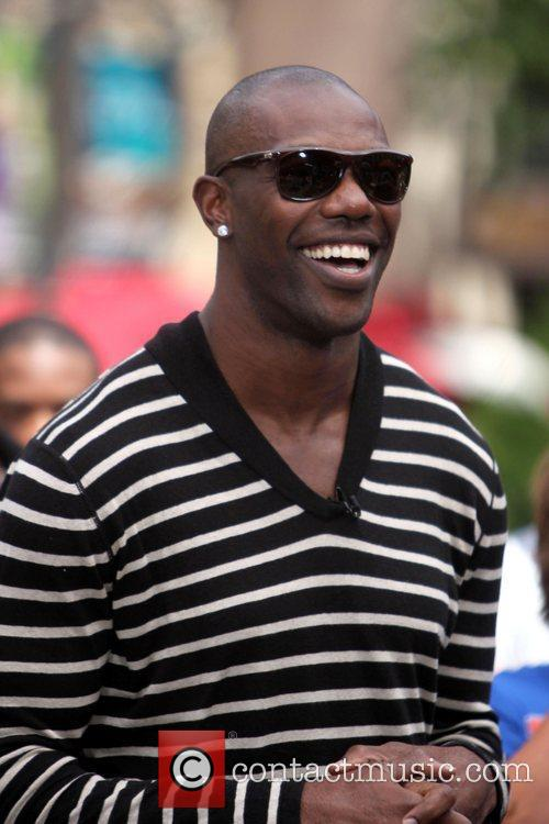 Terrell Owens and Mario Lopez 11