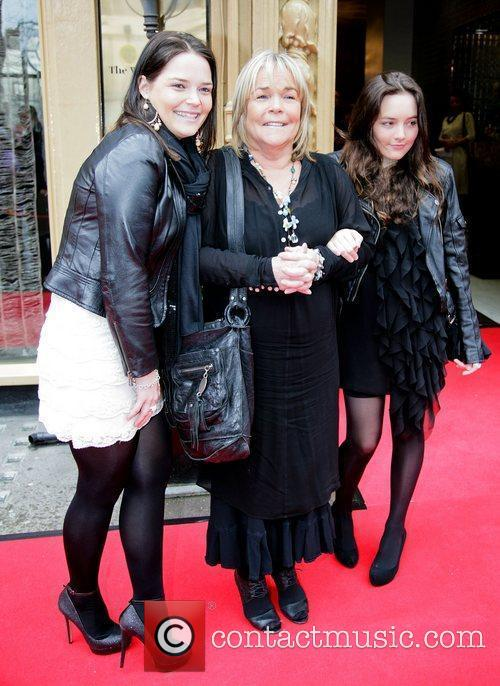 Linda Robson and daughters,  at the Tesco...