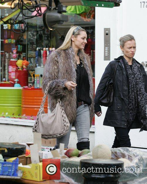 Tess Daly out shopping in Portobello Market in...