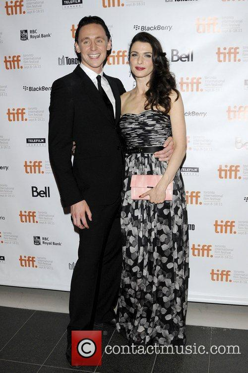 Tom Hiddleston and Rachel Weisz