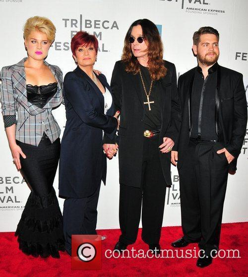 Kelly Osbourne, Jack Osbourne, Ozzy Osbourne and Sharon Osbourne 9