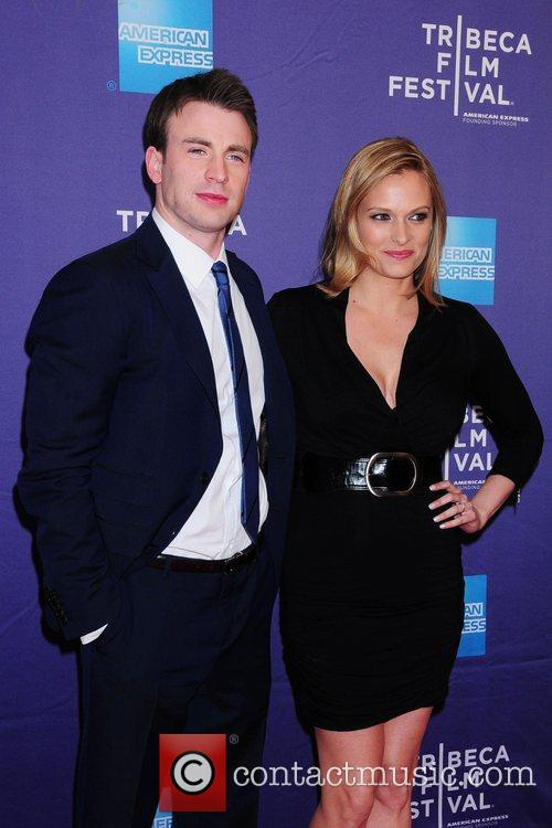 Chris Evans and Vinessa Shaw 2
