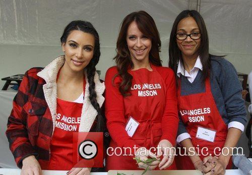 Kim Kardashian, Jennifer Love Hewitt and Zoe Saldana 2