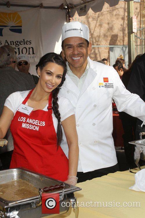 Kim Kardashian and Antonio Villaraigosa 3