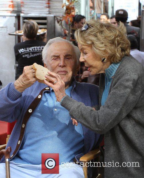 Kirk Douglas and Anne Douglas 4