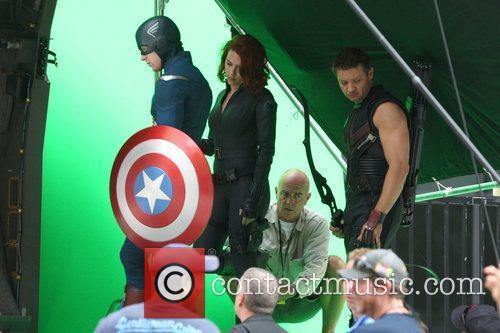 Chris Evans, Jeremy Renner and Scarlett Johansson 9
