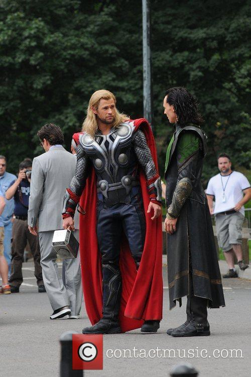Tom Hiddleston and Chrid Hemsworth  on the...