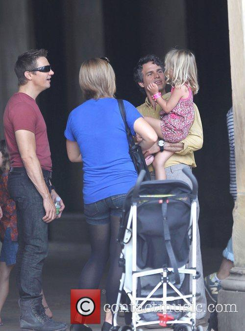 Jeremy Renner with Mark Ruffalo and his daughter...