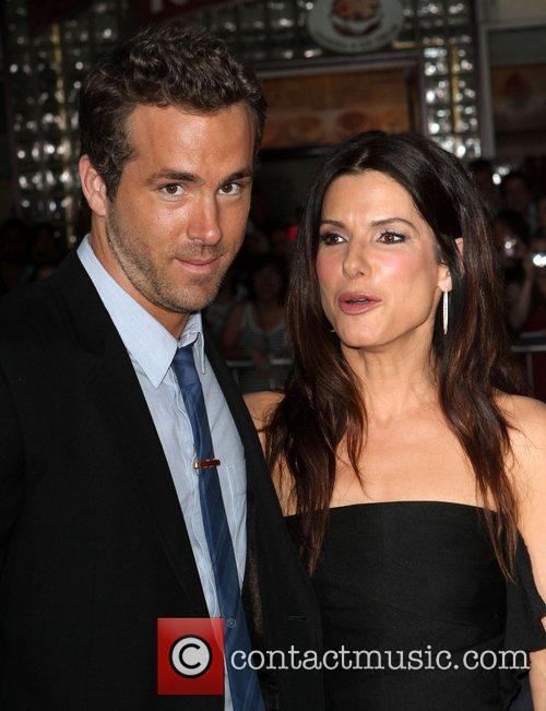 Ryan Reynolds and Sandra Bullock 5