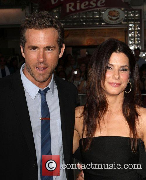Ryan Reynolds and Sandra Bullock 7