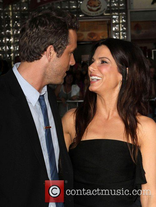 Ryan Reynolds and Sandra Bullock 6