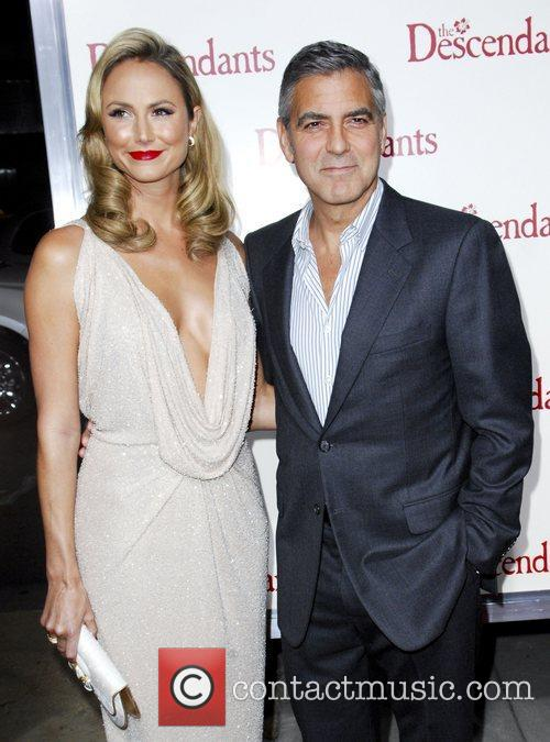 Stacy Keibler, George Clooney  The Descendants Los...