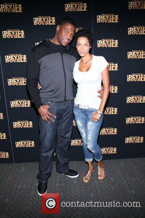 Michael Strahan and Nicole Murphy 4