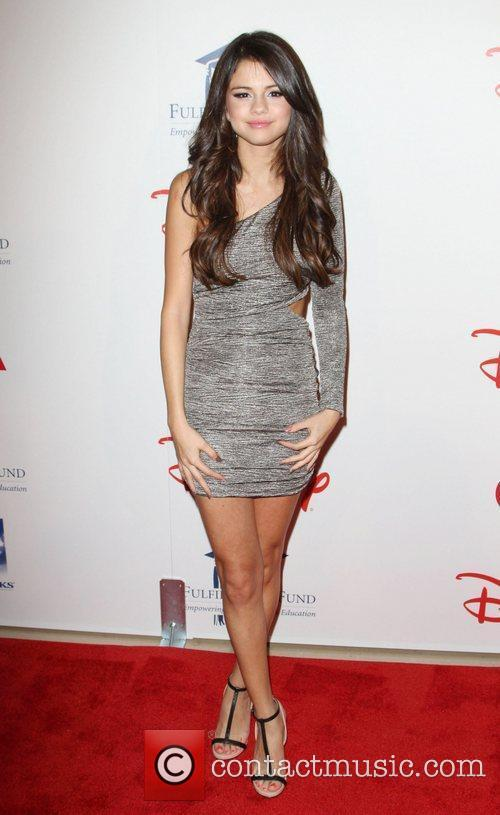 Selena Gomez and Beverly Hilton Hotel 6