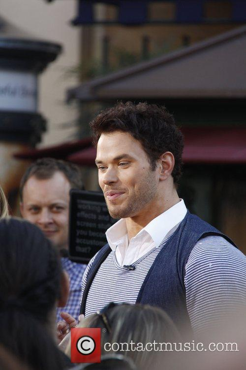 Kellan Lutz at The Grove to film an...