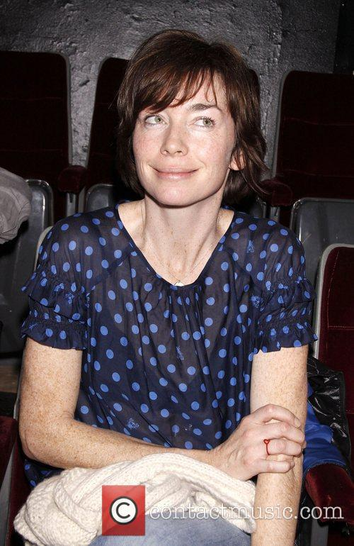 Julianne Nicholson 4