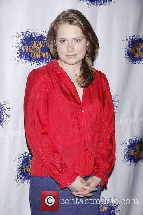 wever girls Merritt wever is an american actress who portrayed denise cloyd in season 6 of amc's the walking dead merritt wever grew up in downtown new york and has been acting since she was very.