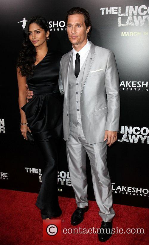 Camila Alves and Matthew Mcconaughey 10