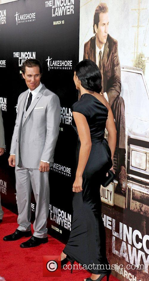 Camila Alves and Matthew Mcconaughey 5