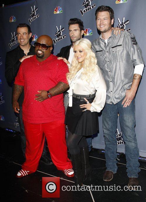 Carson Daly, Adam Levine, Blake Shelton, Cee-Lo Green and Christina Aguilera 1