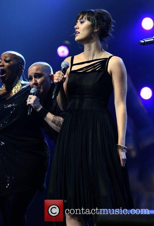 Dia Frampton 'The Voice' live on tour at...