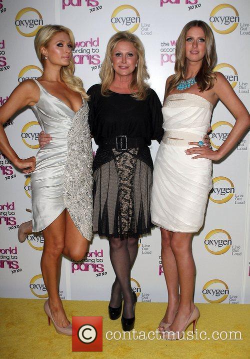 Paris Hilton, Kathy Hilton and Nicky Hilton 8