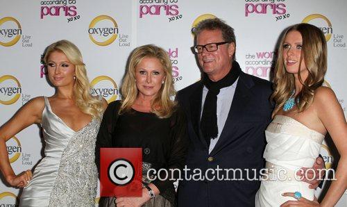 Paris Hilton, Kathy Hilton, Nicky Hilton and Rick Hilton 3