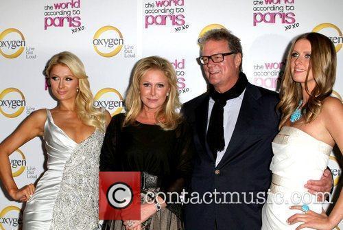 Paris Hilton; Kathy Hilton; Rick Hilton, Nicky Hilton...