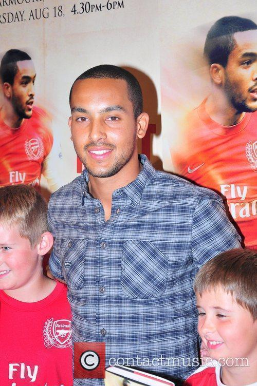 Theo Walcott  meets fans and signs copies...