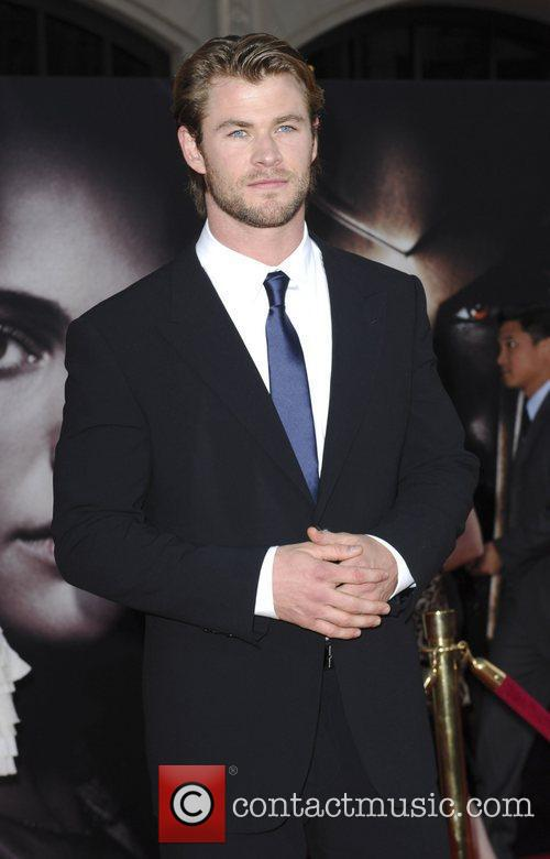 Chris Hemsworth 7
