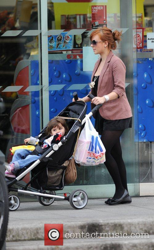 Tina O'Brien with daughter Scarlett after shopping at...