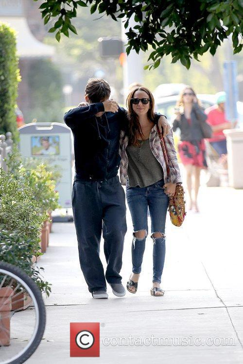 Tobey Maguire and Jennifer Meyer 8