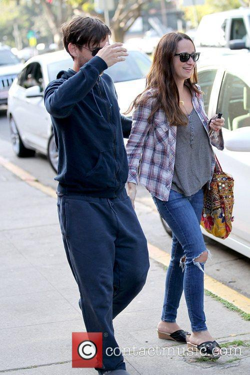 Tobey Maguire and Jennifer Meyer 9