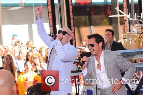 Marc Anthony and Pitbull 6