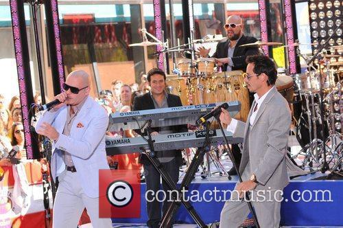 Marc Anthony and Pitbull 11