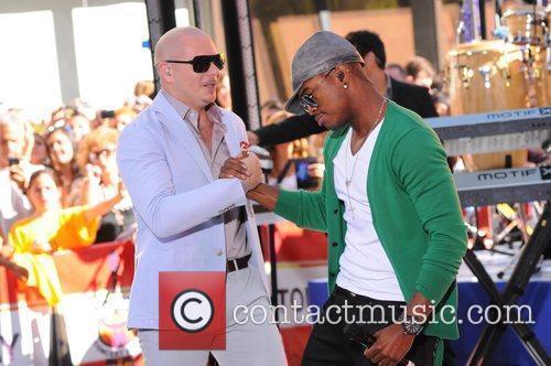 Ne-Yo and Pitbull 6