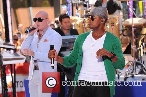 Ne-Yo and Pitbull 1