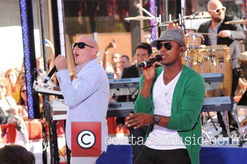 Ne-Yo and Pitbull 8
