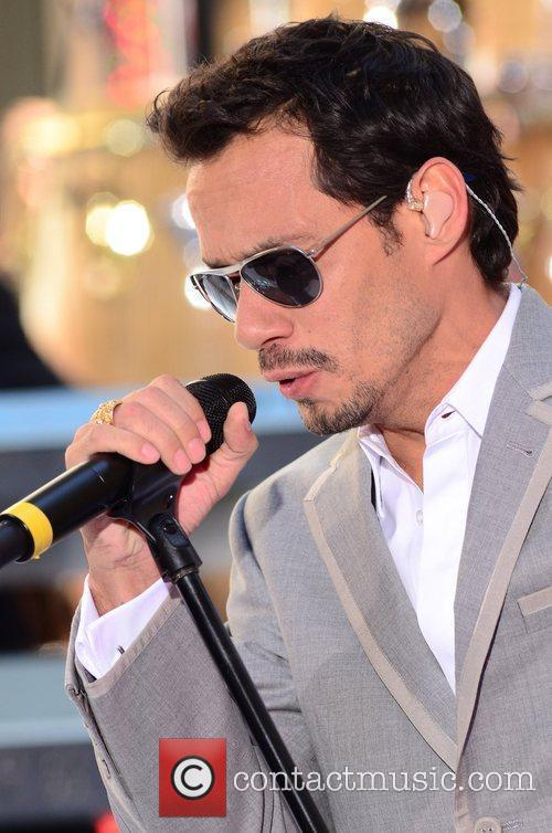 Pitbull Ft. Marc Anthony - Rain Over Me (Today Show/Toyota Concert 2011)  Marc-anthony_5683920