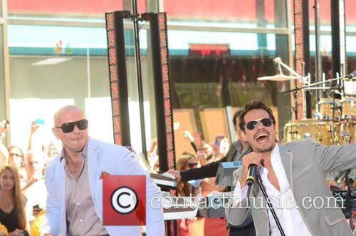 Pitbull and Marc Anthony 3
