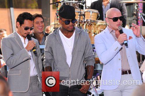 Marc Anthony, Ne-Yo and Pitbull 1