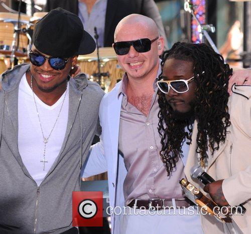 Ne-Yo, Pitbull and T-Pain 1