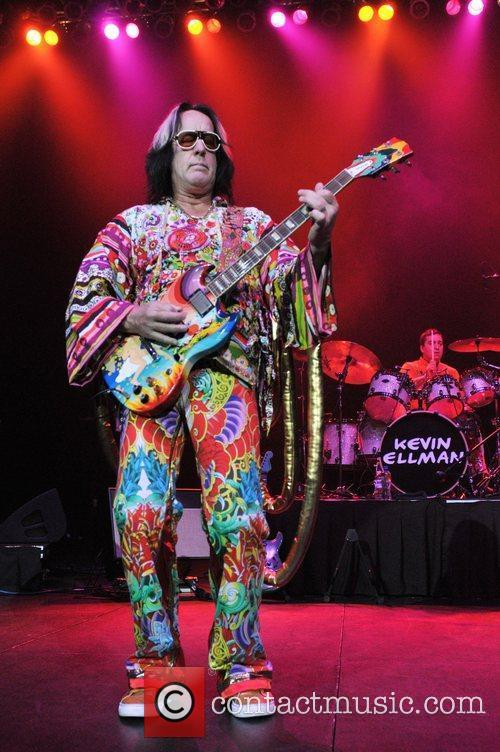 Todd Rundgren and Hard Rock Hotel And Casino 10