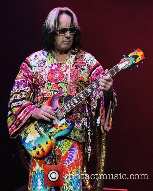 Todd Rundgren and Hard Rock Hotel And Casino 4