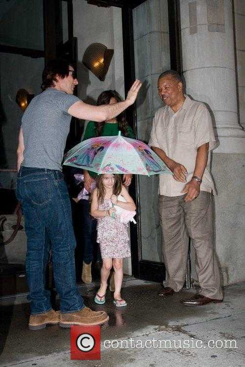 Tom Cruise, Katie Holmes and The Rain 5