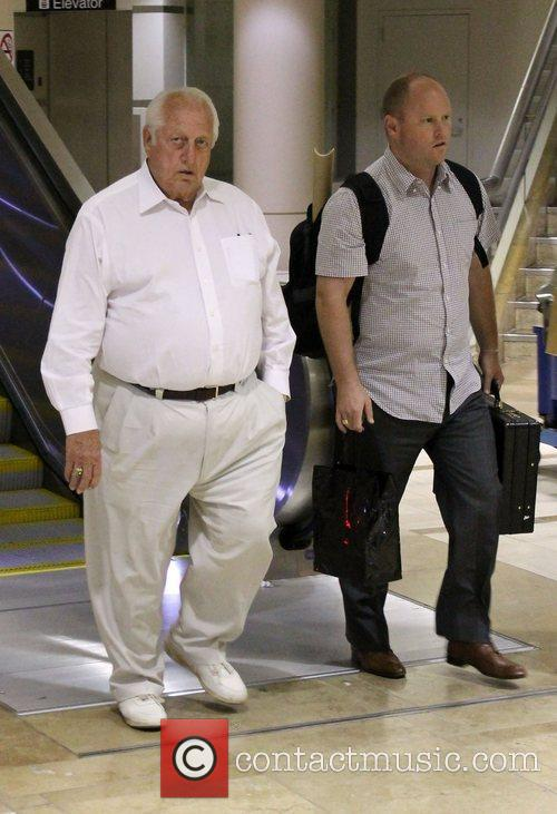 Tommy Lasorda leaving LAX Airport