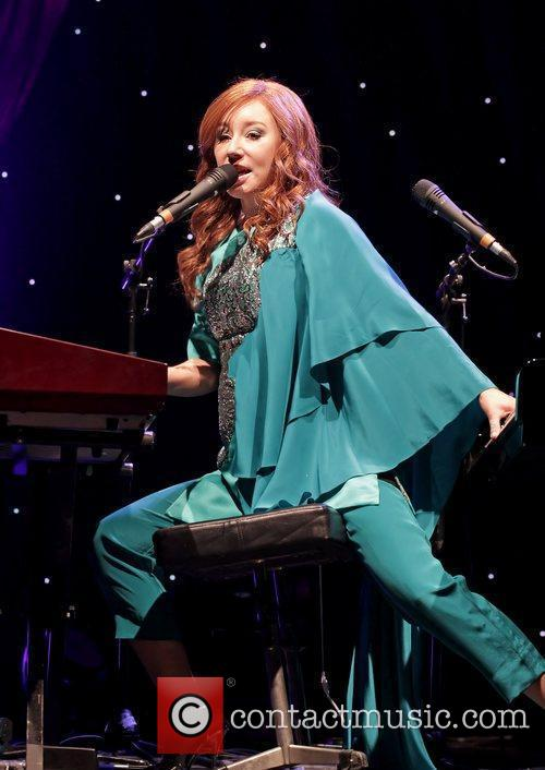 tori amos performing live as part her 5750436