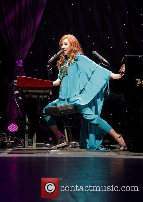 Tori Amos and Manchester Apollo 1